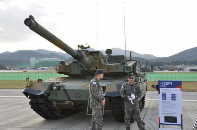 K2坦克领衔 韩陆军主力装备全部亮相