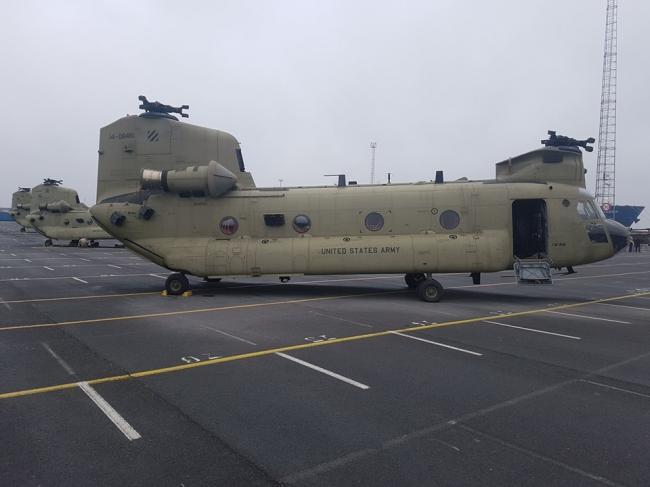 海运路途遥远 美军大批直升机抵达欧洲