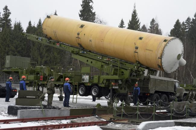 莫斯科反导系统导弹像大号二踢脚