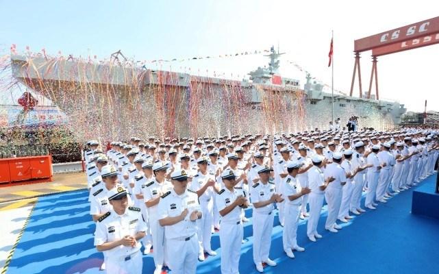 一年下水突破24万吨,中国海军排名力压俄罗斯,总吨位已经超2倍