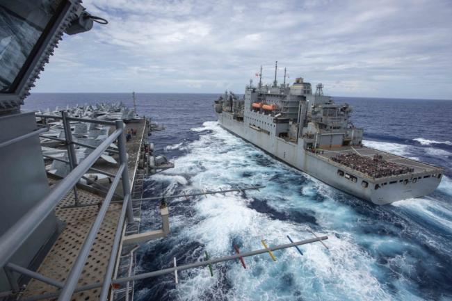 美衛生部長抵臺裏根號航母逼近東海