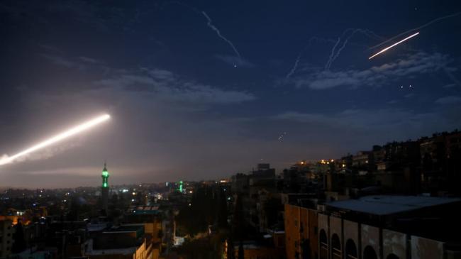 不顾普京警告,深夜F-35发动空袭
