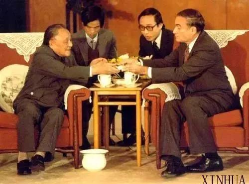 尘封33年 当年邓小平送给外宾的一张股票在哪儿