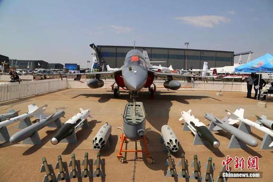 中国空军不宜再改装教练9 教练10虽贵但潜力更大