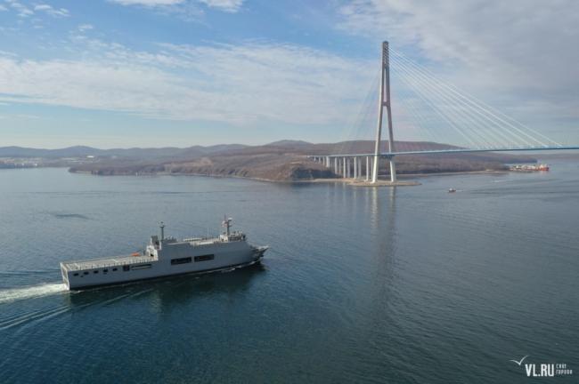 缅甸军舰访问俄远东军港 创东南亚海军历史