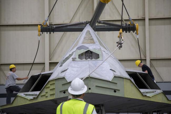 世界首款隐形战机赴美博物馆永久陈列