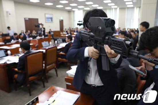 韩国宇宙步枪黄了:号称超中赶美 眼高手低成智障枪