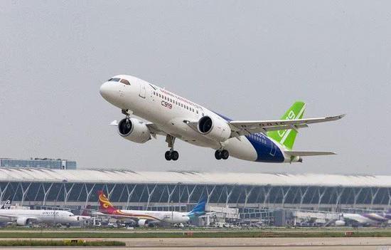 中国复合材料叶片研制成功 将应用于C919国产发动机