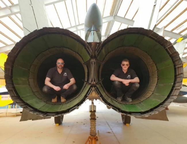 能飞3马赫的米格25发动机喷口尺寸惊人