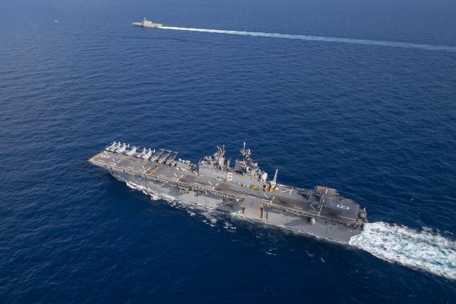 美国准航母带军舰擅闯南海 还起降F-35战机