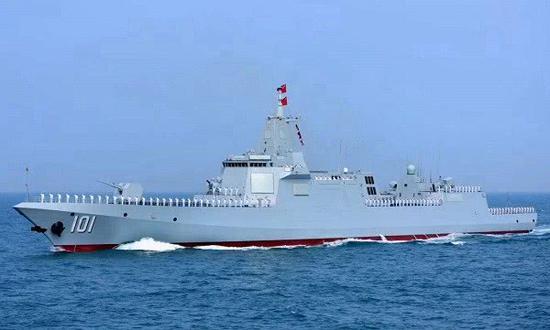 中国第7艘055万吨大驱下水 今年还将再下水1艘