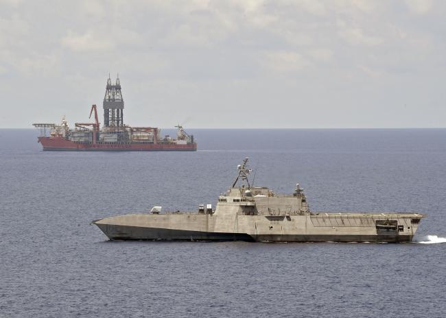 美军濒海战斗舰继续在中国南海活动