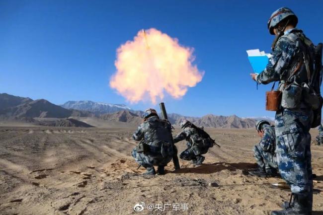 空降兵的炮兵火力也这么猛!