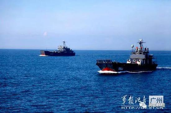 中国陆军竟也装备这么多舰艇 规模超很多小国海军