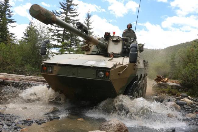 进攻!西部战区装甲步兵高原协同作战