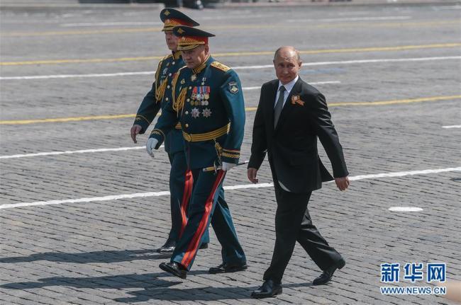 俄罗斯举行纪念卫国战争胜利75周年阅兵式