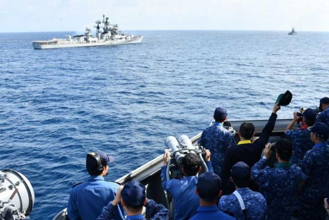 印度和日本在印度洋举行海上联合演练