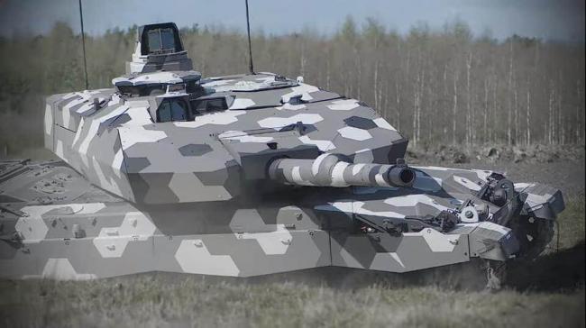 正在测试中的德国130毫米口径坦克炮