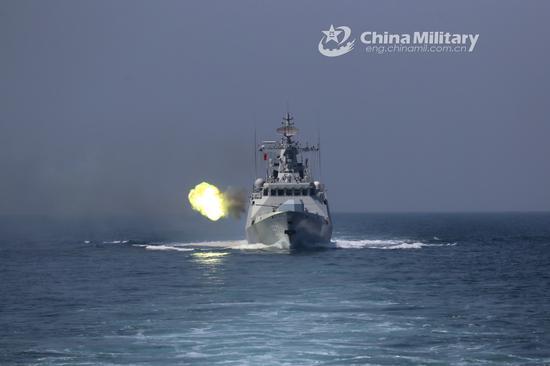美发布中国军力报告:解放军战舰数量超美军50多艘