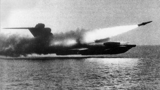 """为对抗中国 美海军有人想起了这款苏联的""""黑科技"""""""