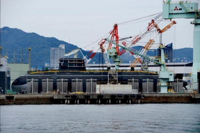 日本海自新型泵推潜艇 首艇大鲸号下水