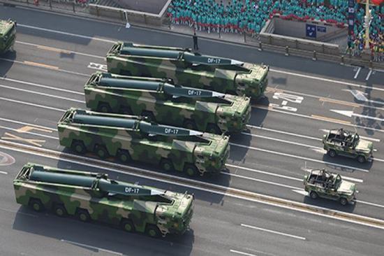 东风17导弹或有两种以上版本 反舰型射程稍近