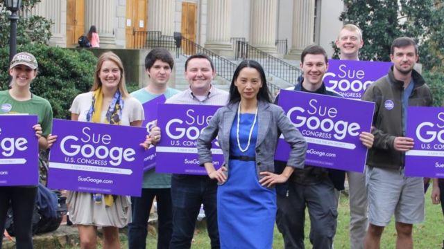符江秀(Sue Googe)曾在2016年竞选国会议员,被媒体称为
