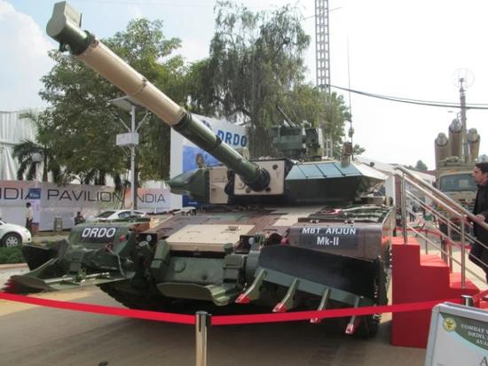 印军为何不将国产坦克部署中印边境?自己都不想要