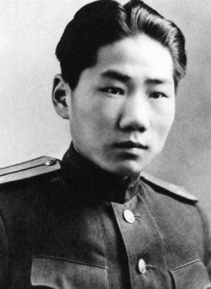 毛泽东坚持送毛岸英去朝鲜战场镀金?真相曝光