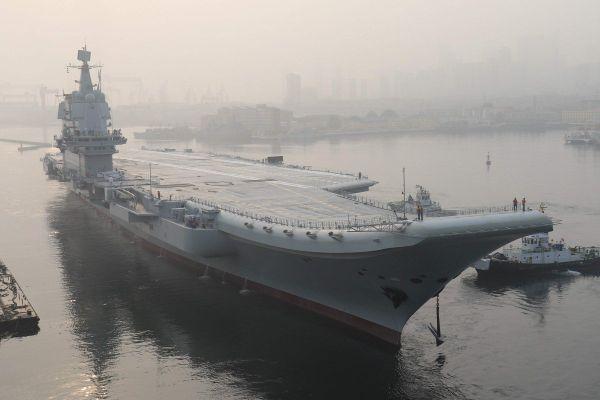 美媒:中国双航母战斗群日渐成形 战机数量增加一倍