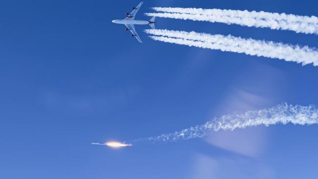 维珍空射火箭发射:像巨型机载导弹