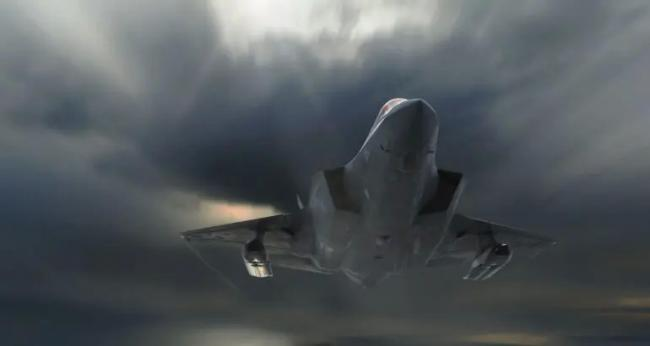 美国F35可挂载两种远程隐形反舰导弹