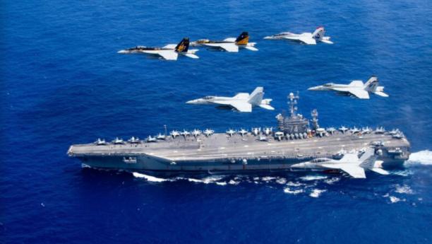 拜登首派战舰过台海 美三艘航母齐聚印太