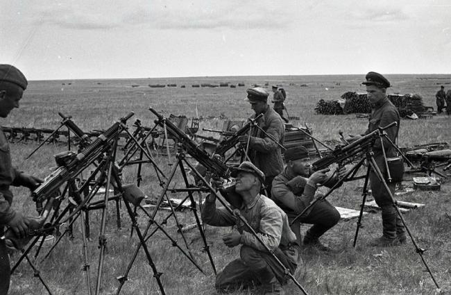 亏大了!日军在诺门罕被苏军缴获大批武器