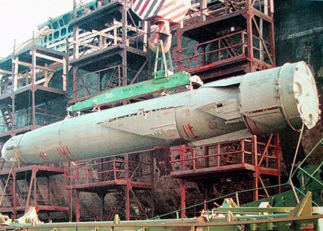 苏式暴力美学 最强攻击核潜艇奥斯卡