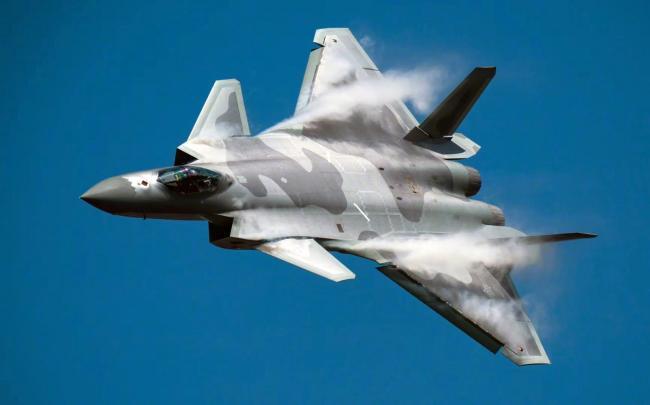 全球五代战机都放弃了鸭翼设计,为什么唯独中国歼-20要使用?