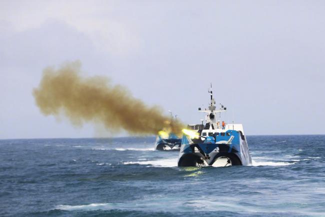 火力十足!导弹快艇编队南海实战训练