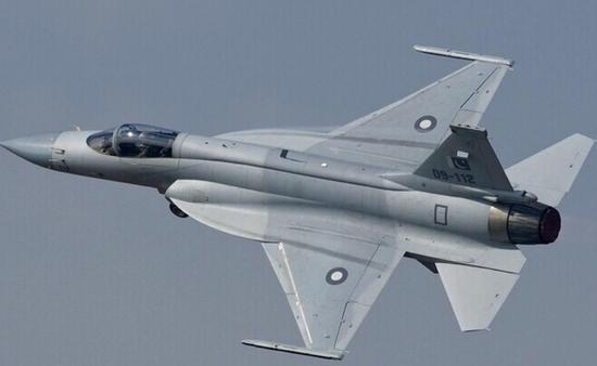 枭龙战机有望出口阿根廷 比俄战机有3个优势