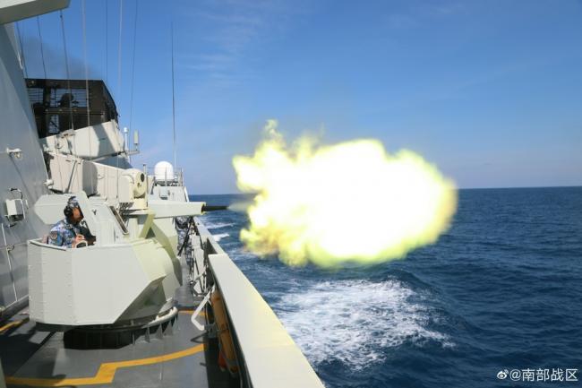 碧海练兵风急涌 南部战区海军海上实战化训练掠影