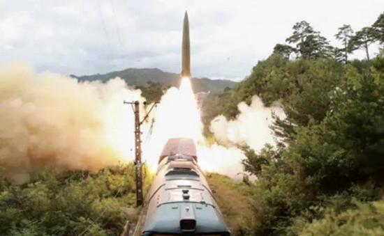 朝鲜公布铁道机动导弹团打击训练 命中800公里外目标