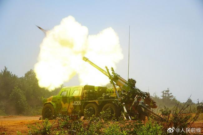 东部战区炮兵年度射击考核现场