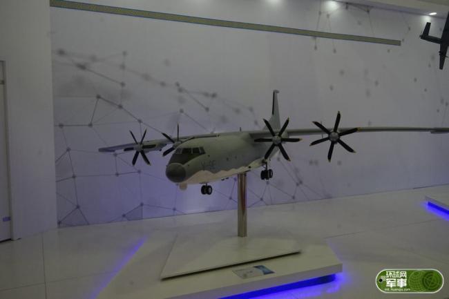 中国尖端武器装备集中亮相哈萨克斯坦防务展