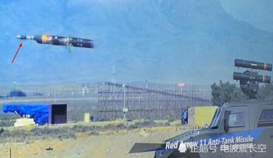 中国红箭11对同一点连续破甲 主动防御系统也拦不住