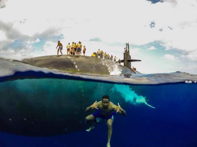 誰說潛艇兵生活乏味 打桌球烤肉釣魚樣樣有
