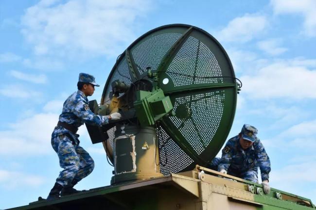海军气象观测兵带你近距离感受天气变化