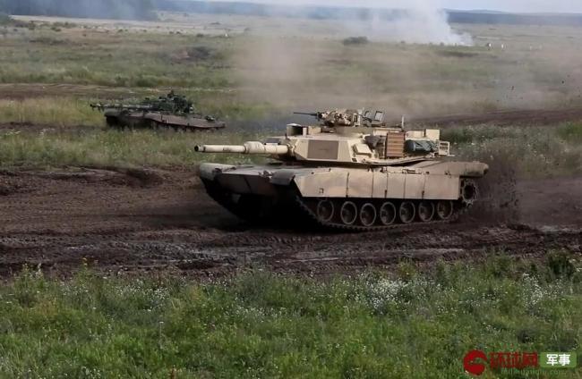 M1VS豹2 北约在俄邻国上演坦克大战