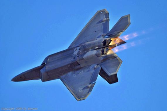 (组图)美国空军高层拟增购60架F-22战机对付中国