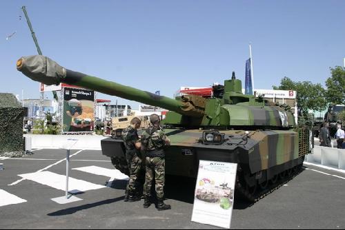 (图文)台媒称法同意售台勒克莱尔主战坦克 [法恶心中国]