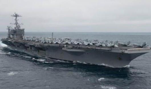 气氛紧张!美军航母率大批舰队集结叙利亚周边