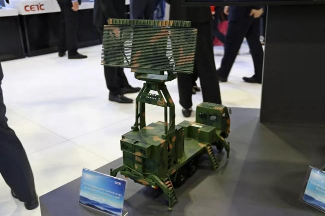 一款现役最先进警戒雷达现身国际防务展